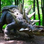 Ankylosaurus huge spikes