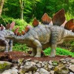Stegosaurus in the wild scaled